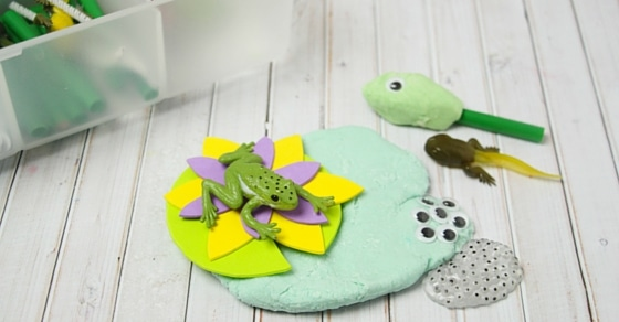 Fun, hands on sensory play while learning about the frog life cycle! This play dough kit has so many uses and is perfect for spring!