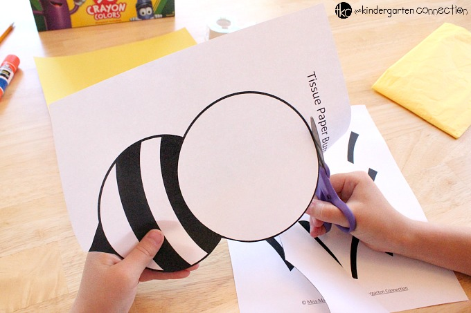 This tissue paper bumble bee craft for kids is perfect for spring or summer, or to add to an insect unit. Grab the free printable and get started!