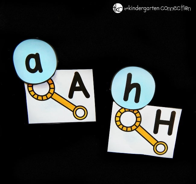 Match upper and lowercase letters with this fun bubble alphabet match! Perfect to print and play in spring and summer, or anytime.