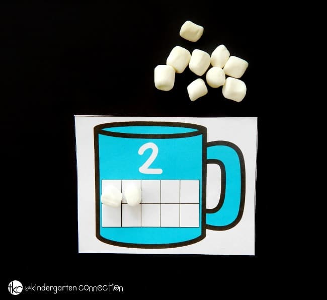 These hot chocolate ten frame cards are great for Pre-K and Kindergarten students to build their counting and one to one correspondence skills!