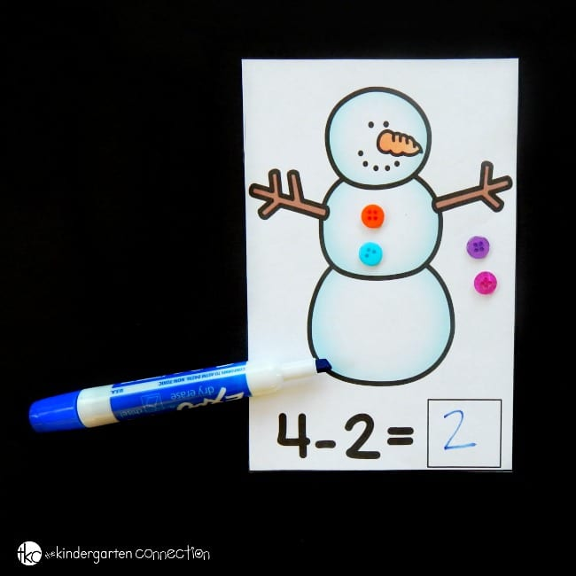 These snowman subtraction mats are the perfect hands-on math center for Kindergarteners or 1st graders who are working on subtraction up to 6!