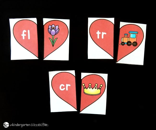 Looking for a fun way to work on blends? These heart beginning blends puzzles are such a fun Valentine's Day literacy activity for Kindergarteners!