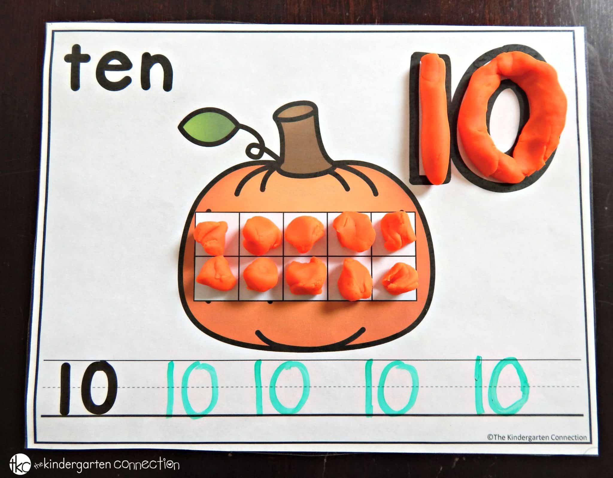 Free Pumpkin Number Mats The Kindergarten Connection