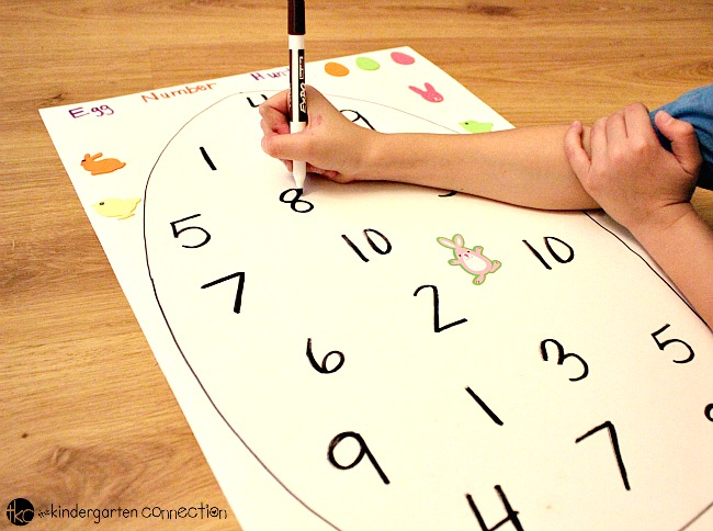 These DIY number sense games are perfect for preschool and kindergarten this Easter and so fun to play!