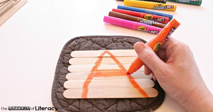 These easy to make alphabet popsicle stick puzzles are the perfect way to practice the abc's with your preschooler or kindergartener!