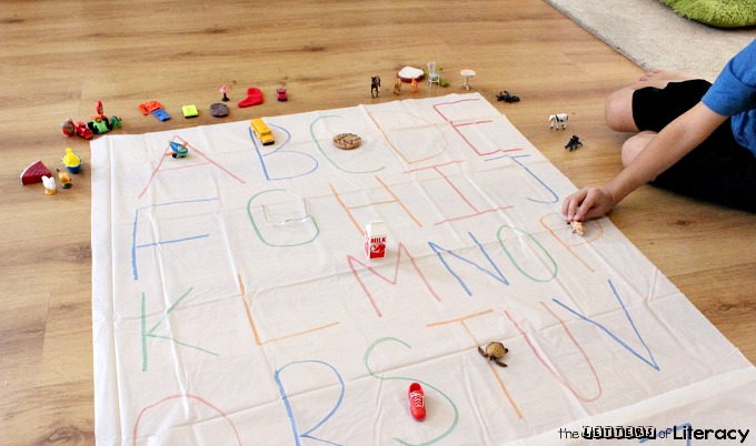 This DIY letter sounds practice mat is perfect to make for the home or classroom. It is such a fun activity for preschoolers and kindergarteners!