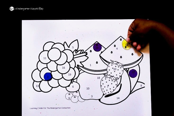 This fun hidden number activity is perfect for helping preschoolers and kindergarteners with number identification. Search and find number 1-20