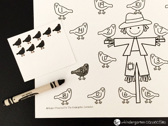 This counting crows number practice activity is so fun for fall! Preschoolers and Kindergarteners can work on number identification and counting to 20.
