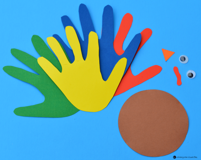This handprint turkey craft is such an adorable thanksgiving craft for kids! Easy to make and a fun keepsake to take home too.