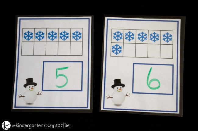 This winter themed snowflake ten frame is a great way to provide math and writing practice at the same time.