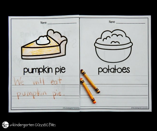 These Thanksgiving writing centers are such a fun Thanksgiving activity for kids! Perfect for a Kindergarten classroom writing center.