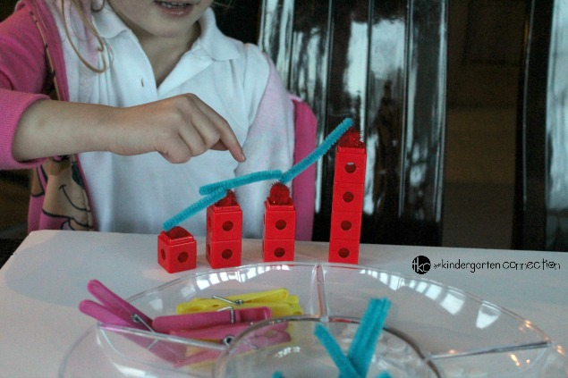 The ability to recognize, follow and predict patterns is an important early math skill. Make patterns with loose parts with this pattern game!