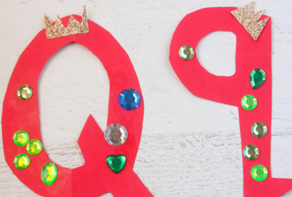 q is for queen letter q craft alphabet letter craft