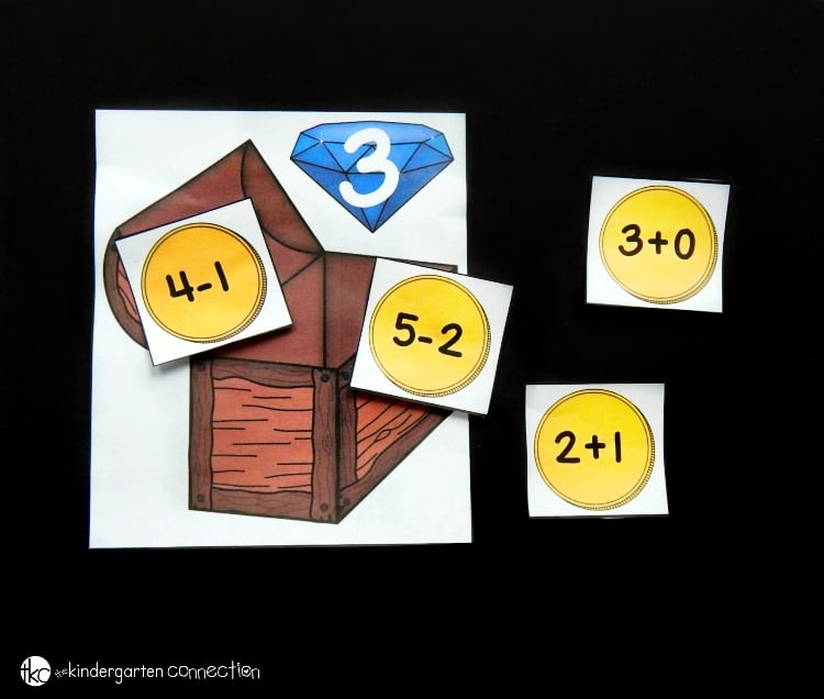This fun, pirate-themed treasure chest math facts sort makes a great math center for Kindergarteners or First Graders to work on math facts to 10!