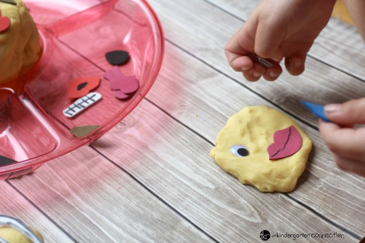 Kids LOVE emojis! They will have a blast playing with this DIY emjoi play dough kit. It's great sensory play for the classroom or home!