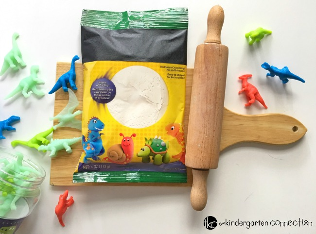 This dinosaur fossil make and match activity is quick to set up! With just a few simple materials, your students can create their own fossils for lots of playful learning.