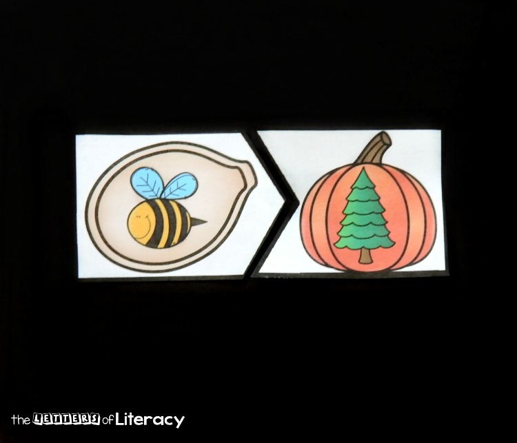 These pumpkin rhyming puzzles are a fun and simple to prep literacy center for Pre-K and Kindergarten students to work on rhymes!