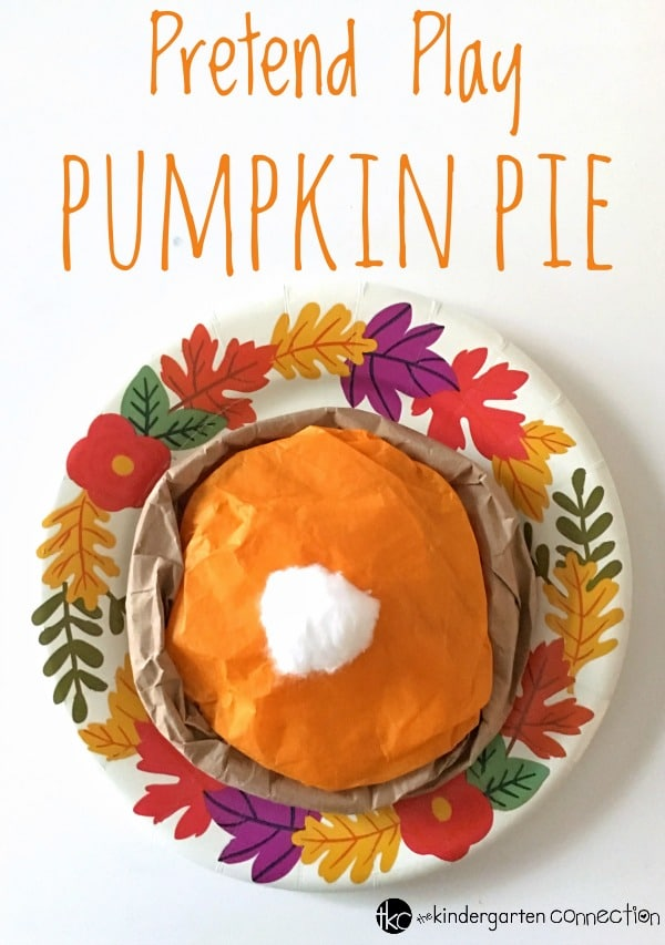 This pretend play pumpkin pie craft is so fun for a Thanksgiving craft in the classroom or a dramatic play center in Kindergarten!