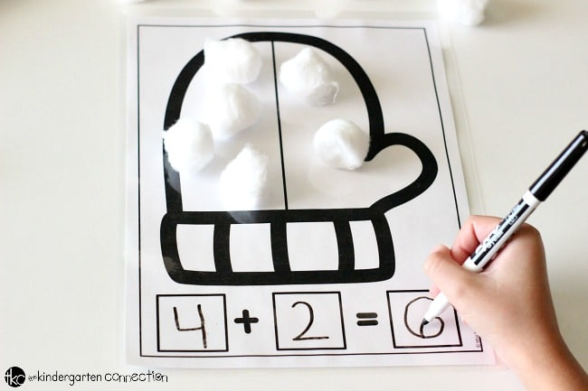 These free Addition and Subtraction Winter Math Mats are the perfect seasonal addition to your Kindergarten or 1st grade class! They are great to use in math centers, small groups, or send them home for extra practice!