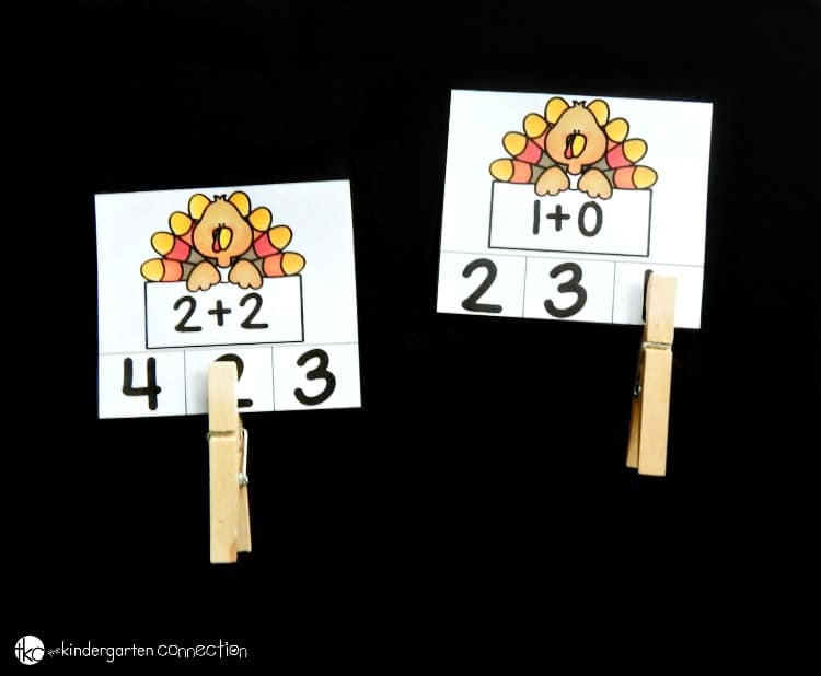 These turkey math clip cards are so fun for Kindergarten and early 1st grade students who are working on beginning addition and subtraction facts!