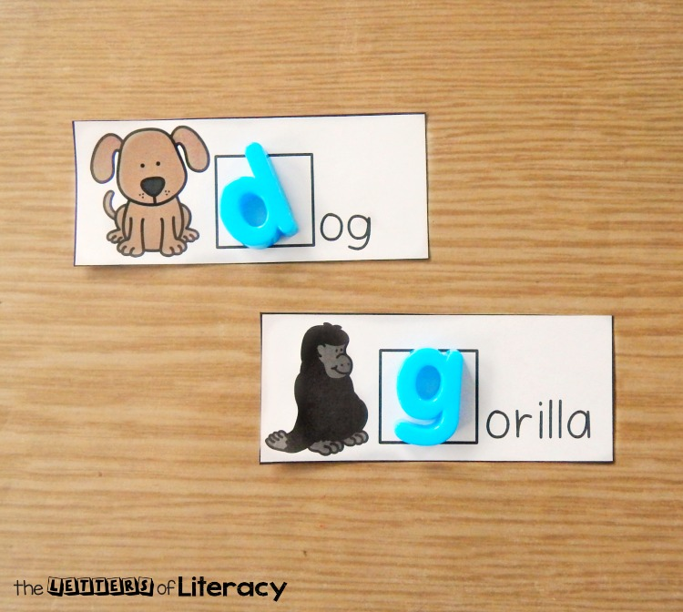 This alphabet magnet beginning sounds center is great for Pre-K, Kindergarten, or early 1st graders who are working on isolating beginning sounds in words.