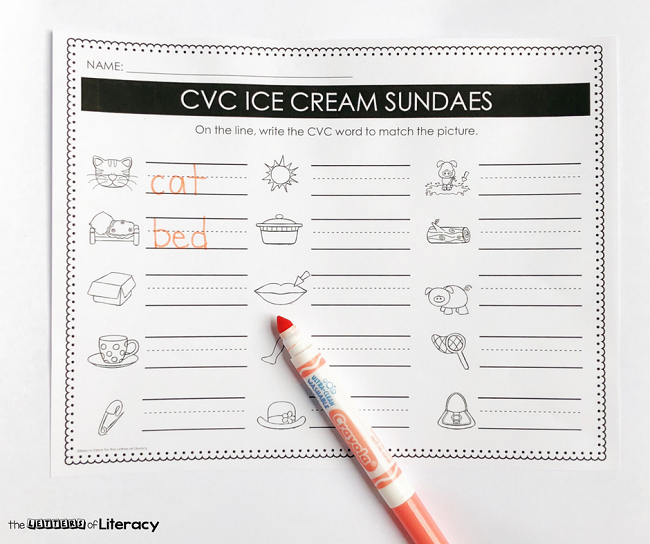 Grab this FREE CVC Words Ice Cream Sundae Printable Activity and use it in your small groups or literacy center for a Kindergarten CVC activity for summer!