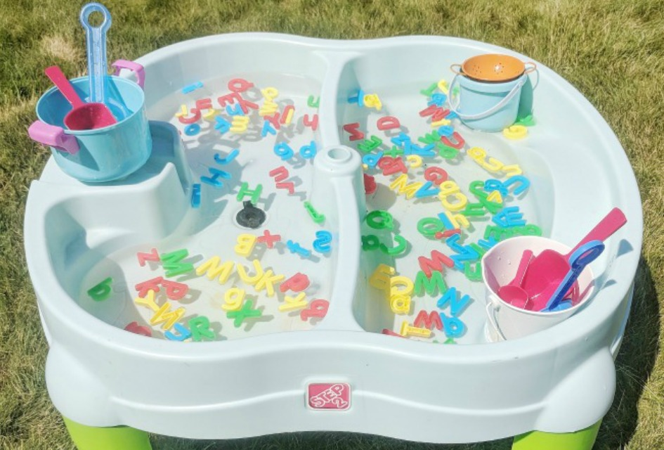 Literacy Based Water Table Ideas