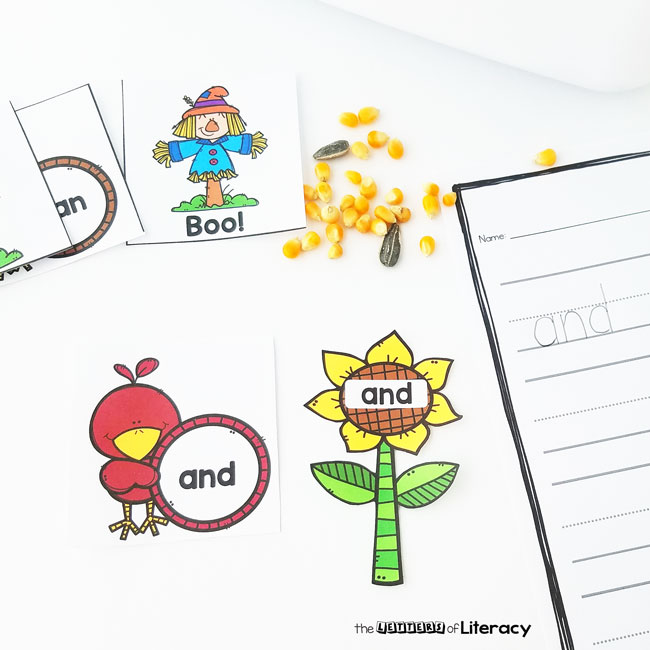 Scarecrow Sight Word Activity, FREE Printable for Kindergarten and First grades!