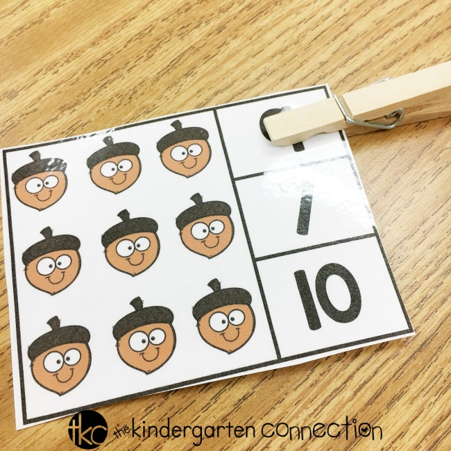 FREE Printable Fall Counting Clip Cards for kindergarten! Perfect for your math center this fall!