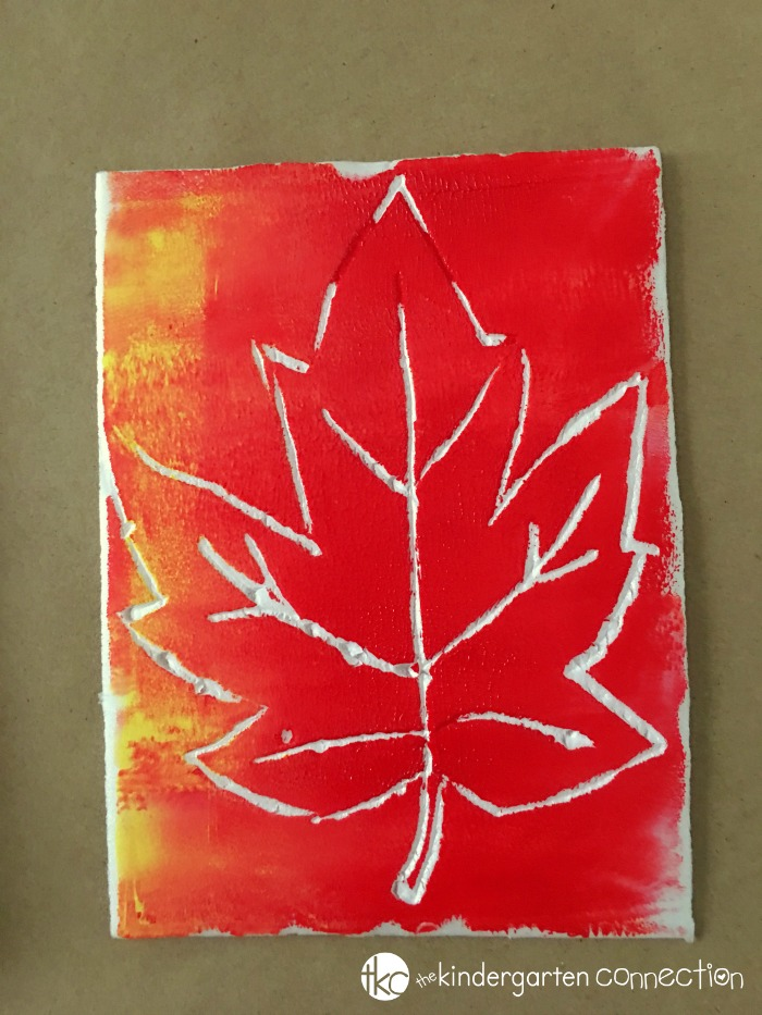 Easy Block Printed Leaves Fall Craft for Kids, kindergarten