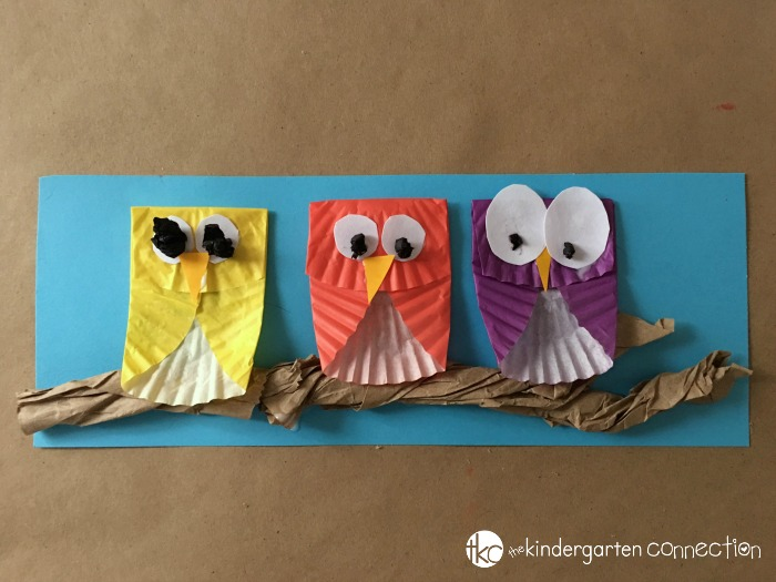 Owl Craft for Kids, turn into a fun bulletin board or make for fall art project!