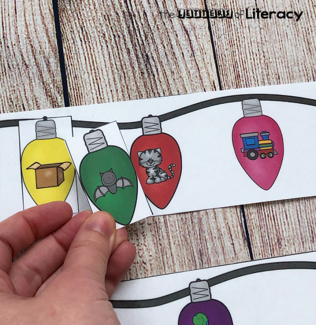Christmas Lights Rhyming Words Matching Center, FREE Printable for Kindergarten!