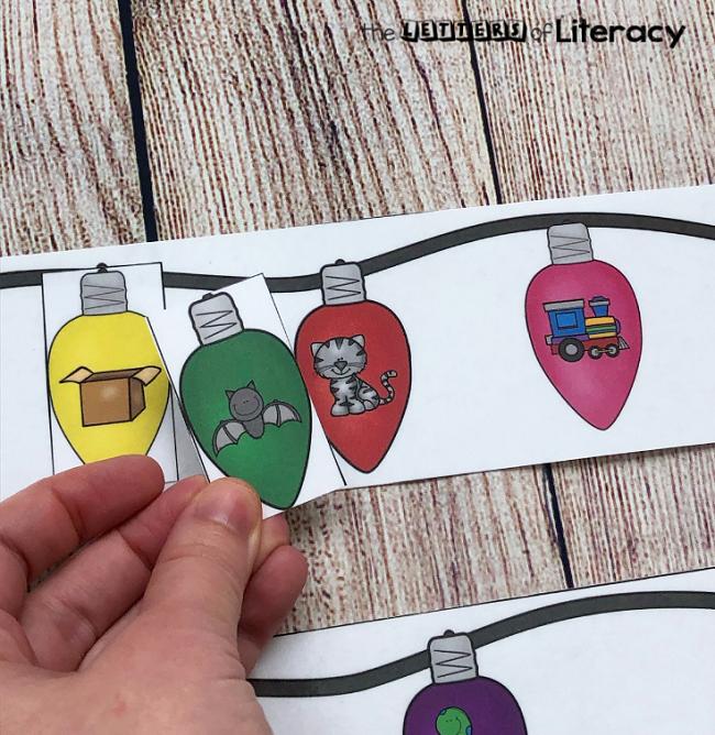 Christmas Lights Rhyming Words Matching Center, FREE Printable for Kindergarten!