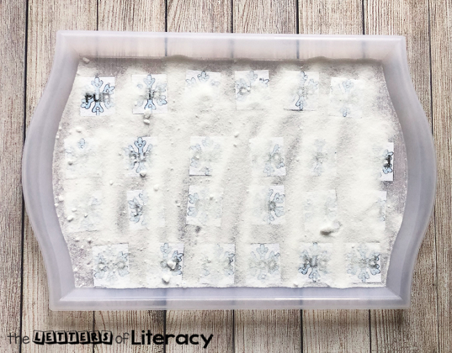 FREE Snow CVC Words Sensory Bin Printables for Winter Literacy Centers in Kindergarten!