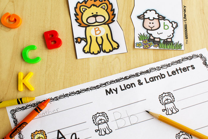 FREE Lion and Lamb Printable Alphabet Puzzles for your Pre-K and Kindergarten Literacy Centers. With many ways to play this letter matching activity is perfect for your classroom this spring!