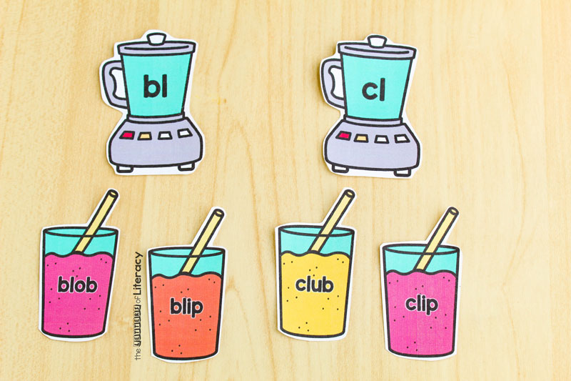 Get our FREE Beginning Blends Smoothie Sorting Activity for your Kindergarten literacy center! It's perfect for an independent work center or for small groups!
