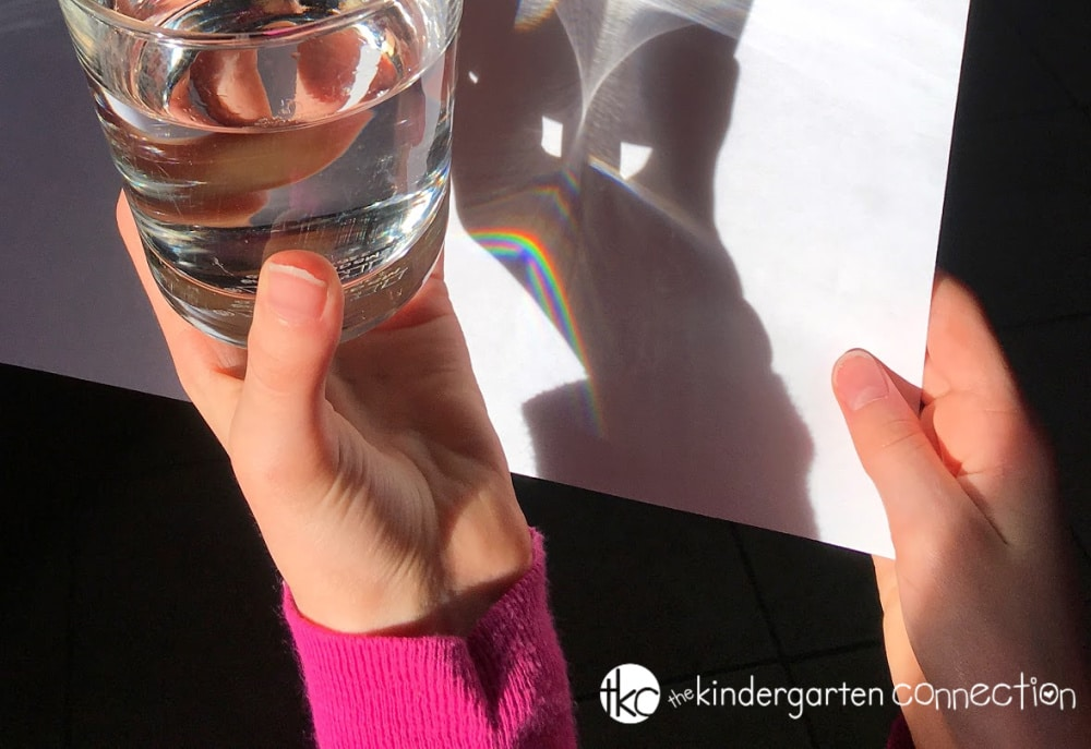 Grab supplies you already have on hand to make this Simple Rainbow Science Experiment for Kids! This is the perfect classroom science experiment for preschool, Kindergarten and 1st grade!
