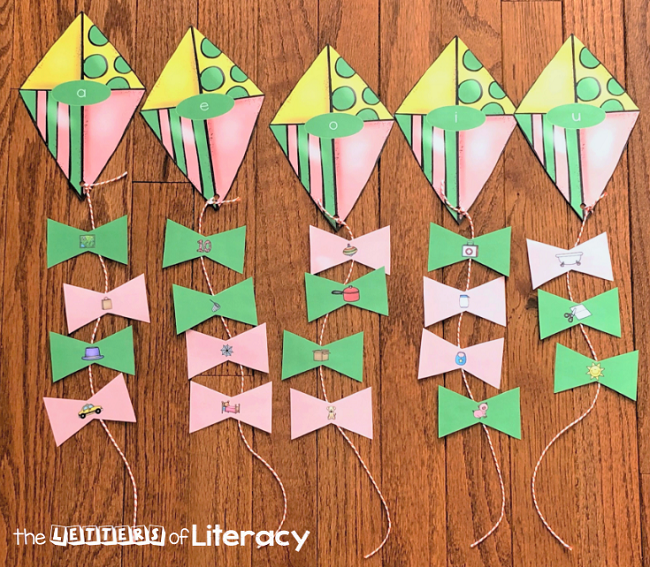 Get our FREE Printable Kite CVC Word Sort Activity for your kindergarten literacy centers this spring! This easy-prep center is great for small groups and independent practice.