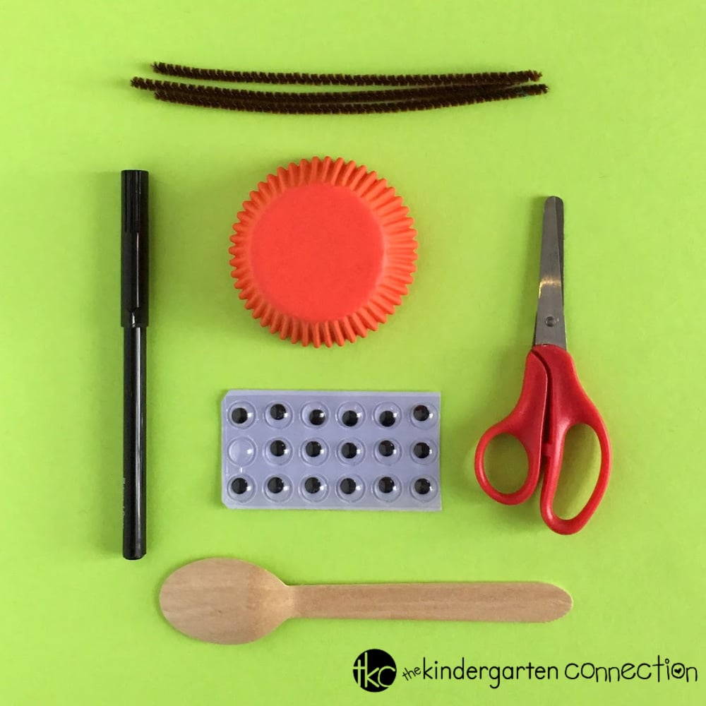 Check out our easy to follow tutorial for this Ladybug Spoon Puppet Craft for Kids! It's perfect for a springtime or life cycle craft activity!