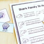 Shark Family SH Hunt Digraph Activity