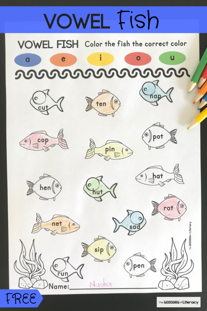 Get our FREE Printable Fish Short Vowel Activity for your kindergarten centers and small groups! These medial sound worksheets are great to pair with an ocean theme!