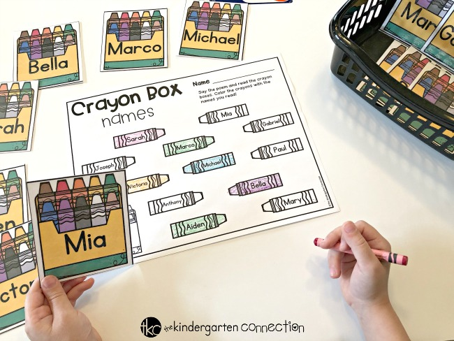 Grab these easy-prep Math & Literacy Centers for your Back to School Pocket Chart Activities! Use them in your morning meeting, small groups and centers! Perfect for Pre-K and Kindergarten classrooms.
