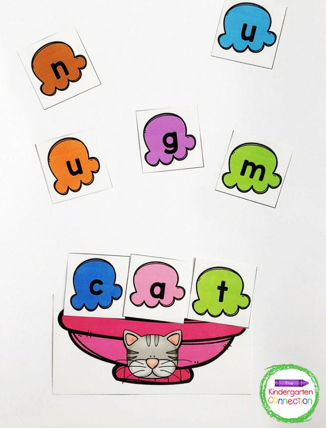 Use the ice cream letter cards to spell out the CVC words in the sundae bowls.