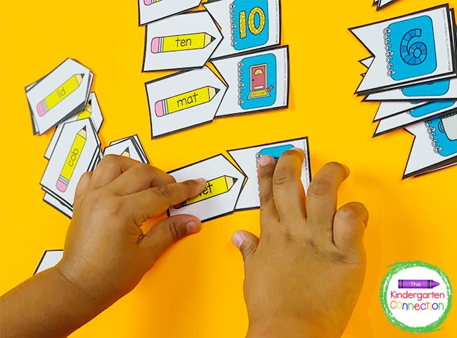 Get free literacy resources for your Pre-K and Kindergarten classrooms like these CVC word matching puzzles!
