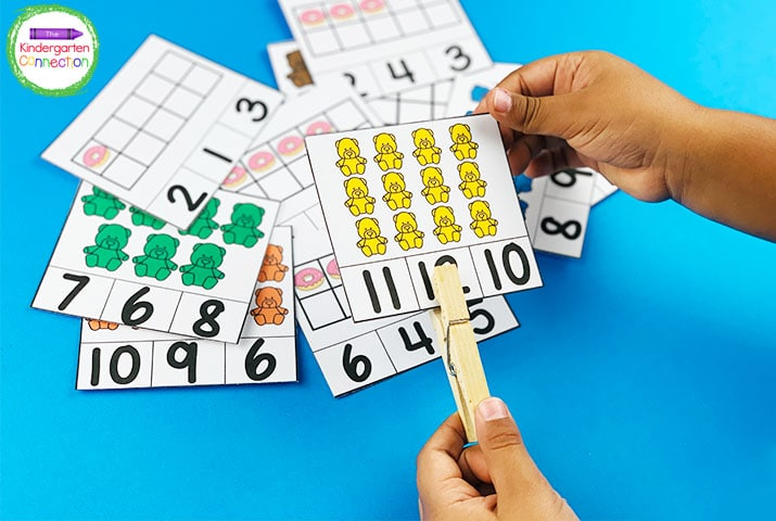 Count and clip with these fun clothespin counting clip cards.