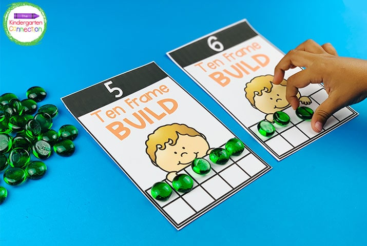 This pack includes multiple versions of 10 and 20 frame counting cards for differentiation.