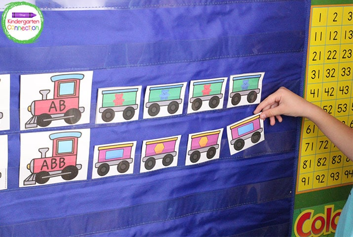 These train pocket chart patterns are a great activity for circle time, small groups, or centers!