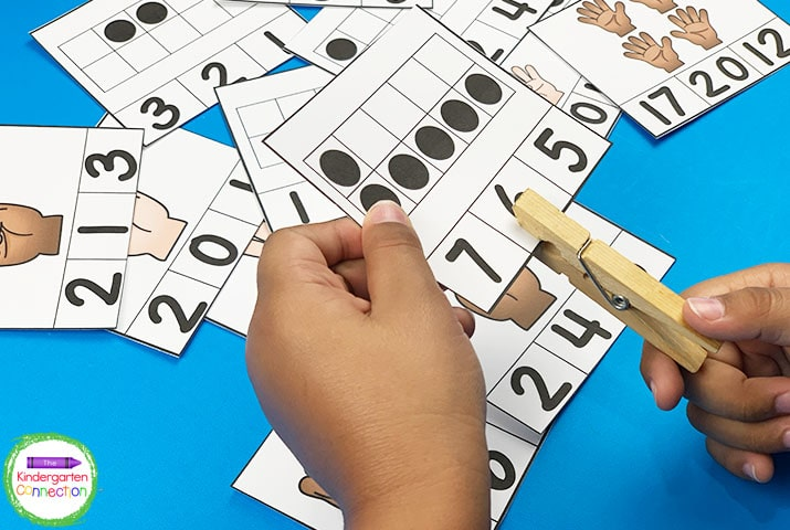 Build fine motor and counting skills at the same time with these subitizing clip cards!