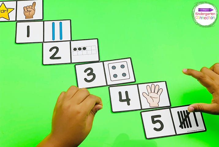 Match up numbers and pictures by placing the number next to its matching amount in this Subitizing Dominoes activity.