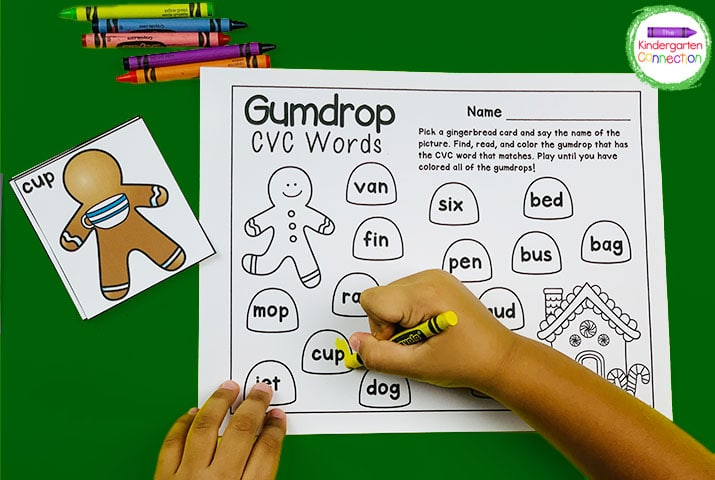 Practice reading CVC words by coloring the gumdrop that matches the gingerbread man card in the Gumdrop CVC Words game!